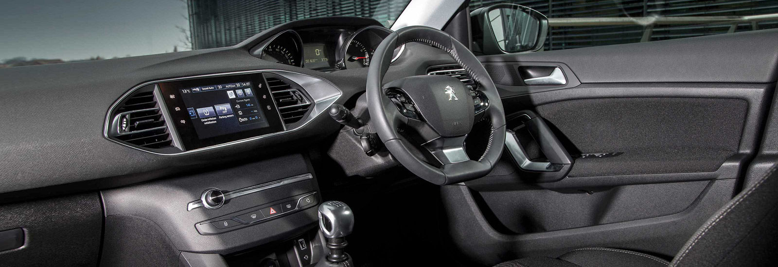 2017 peugeot 3008 suv price specs release date carwow for Peugeot 3008 interior