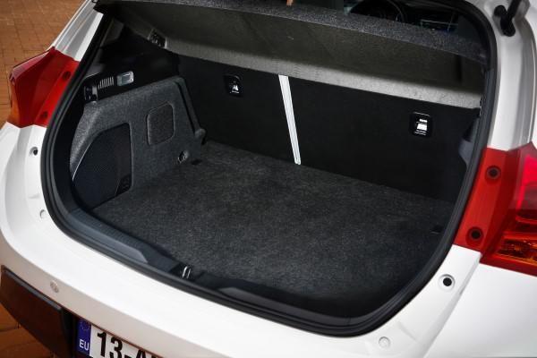 Toyota Auris Dimensions Uk Exterior And Interior Sizes
