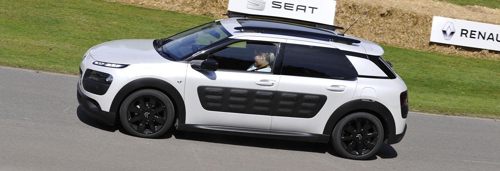 Audi q7 pcp offers 16