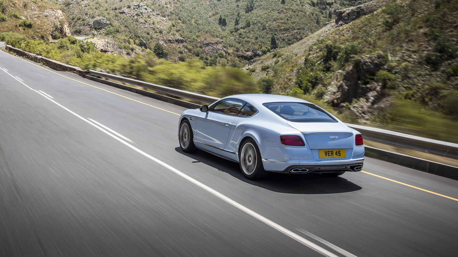 2015 Bentley Continental Gt Drink In The Details Photos