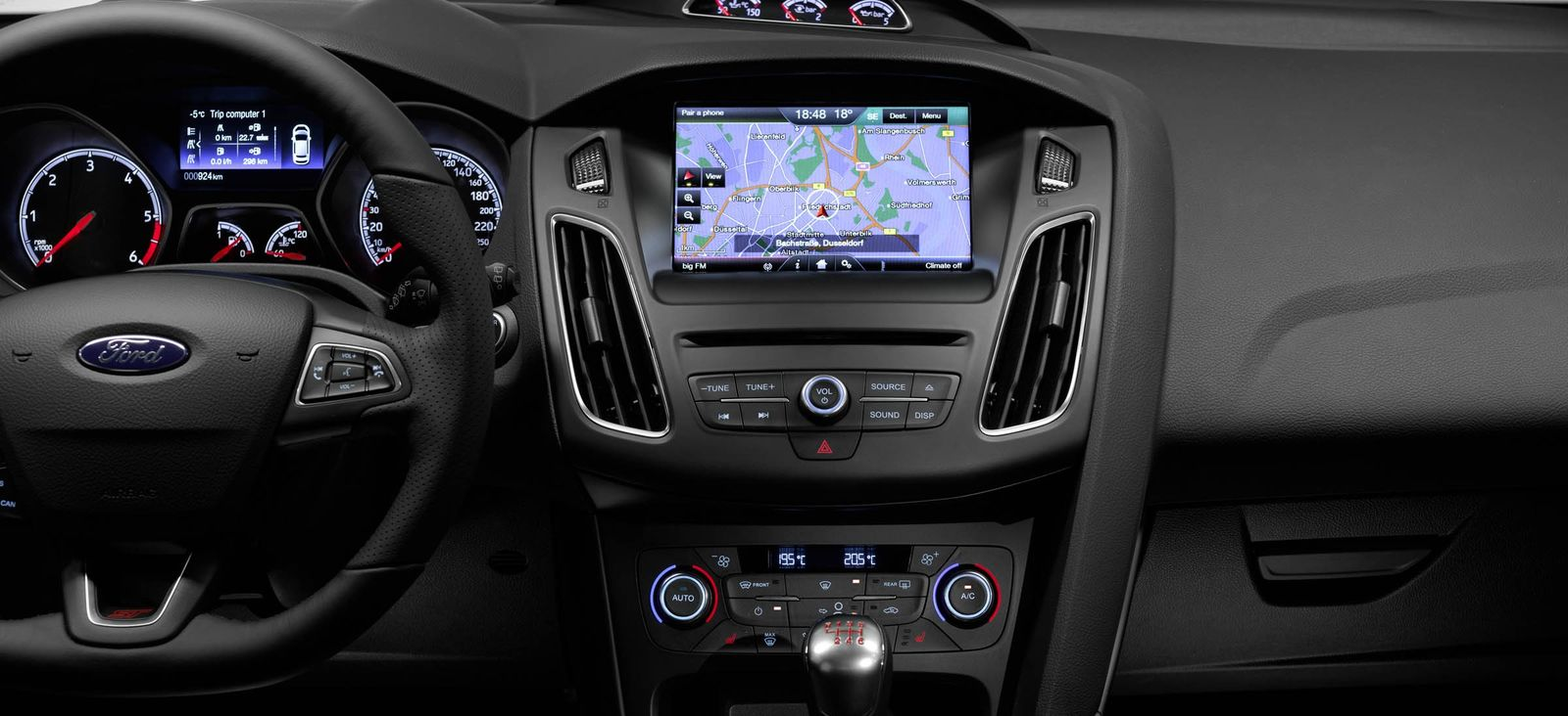 Ford Focus ST-2 dashboard and infotainment system