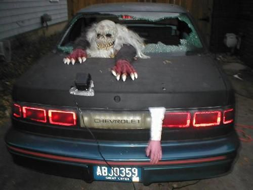 car-crash-halloween-severed-leg