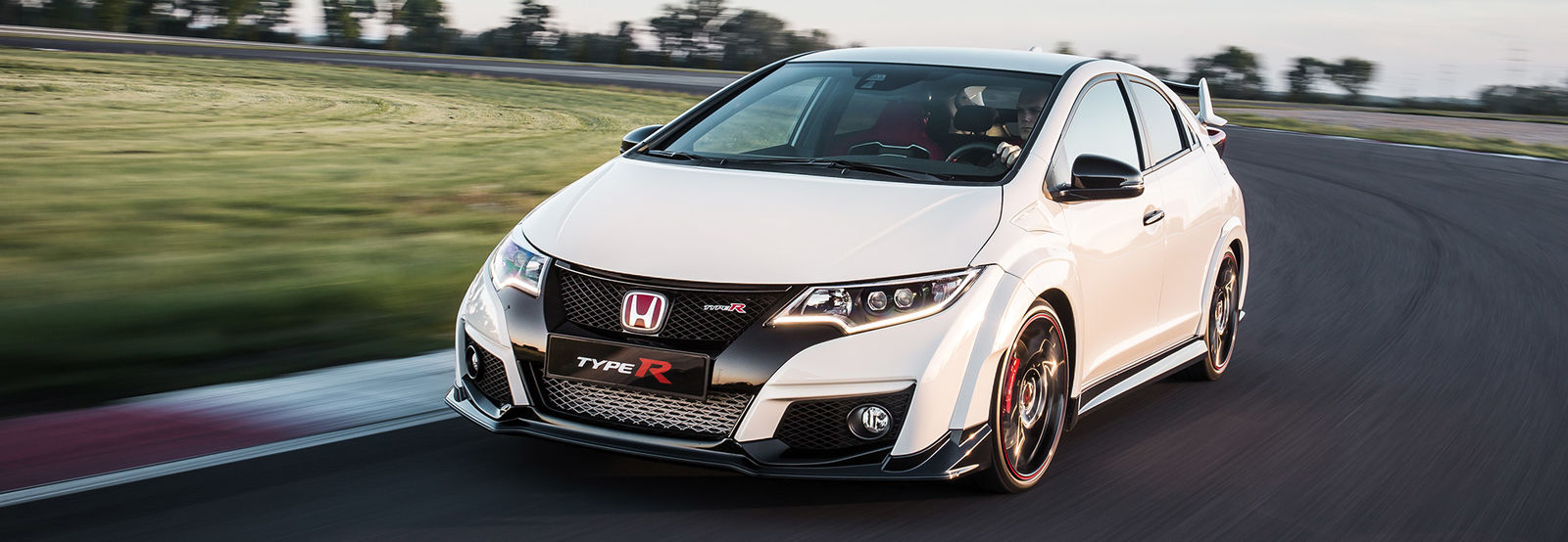 is the new civic type r better than the old one carwow. Black Bedroom Furniture Sets. Home Design Ideas