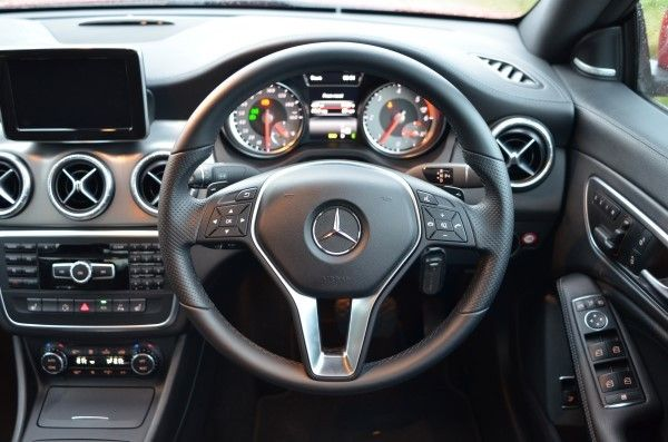2014 mercedes benz cla 220 cdi sport full uk review carwow. Black Bedroom Furniture Sets. Home Design Ideas