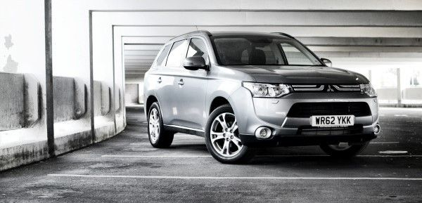 Mitsubishi Outlander narrow