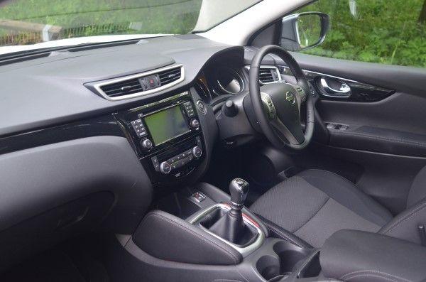 2014 Nissan Qashqai Acenta Premium 1 5 Dci Uk Road Test