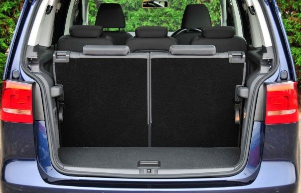 VW Touran boot