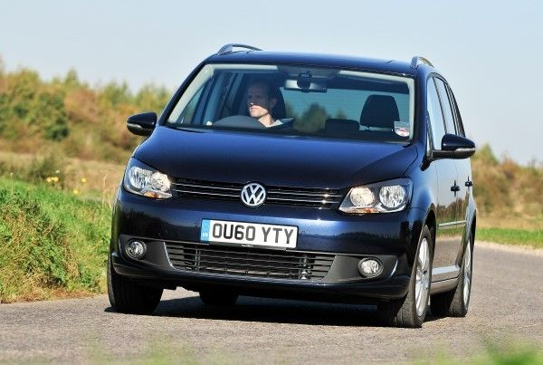 VW Touran driving