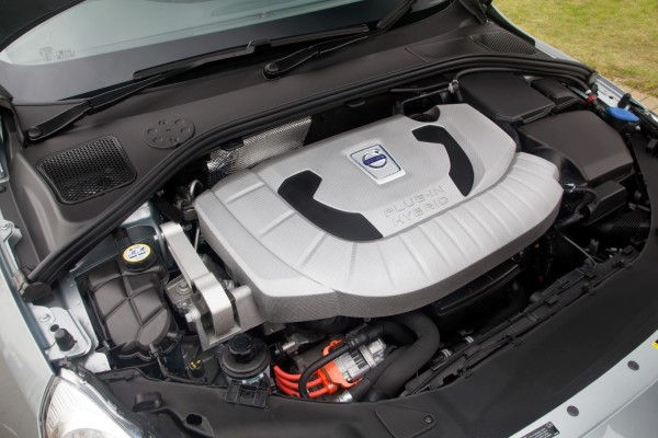 Volvo V60 Plug-In Hybrid engine