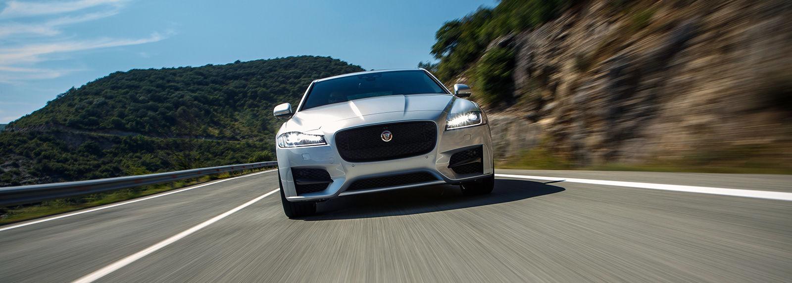 Jaguar xf dimensions 2013