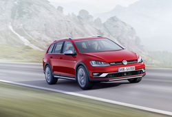 Golf alltrack 04