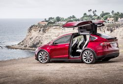 Tesla model x dimensions carwow e1466437752508