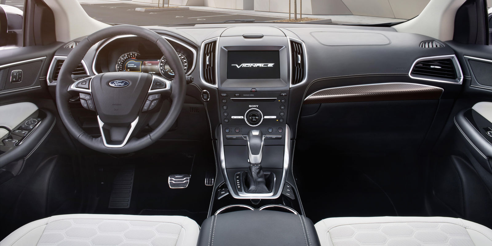 Ford Edge Vignale Review Carwow Ford Edge Size Compared To Explorer Ford Edge Size Compared To Kuga