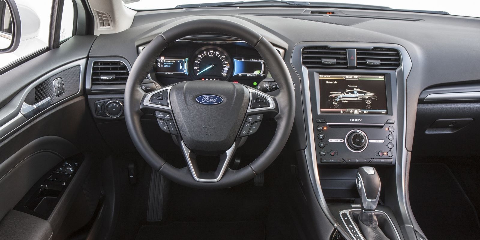ford mondeo hybrid review deals carwow. Black Bedroom Furniture Sets. Home Design Ideas
