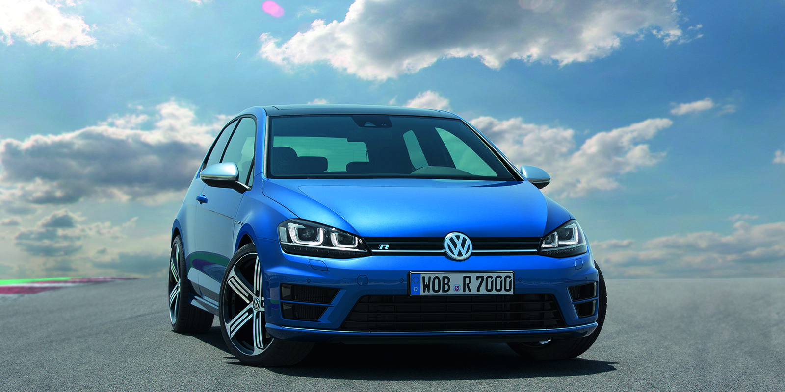 volkswagen golf r review carwow. Black Bedroom Furniture Sets. Home Design Ideas
