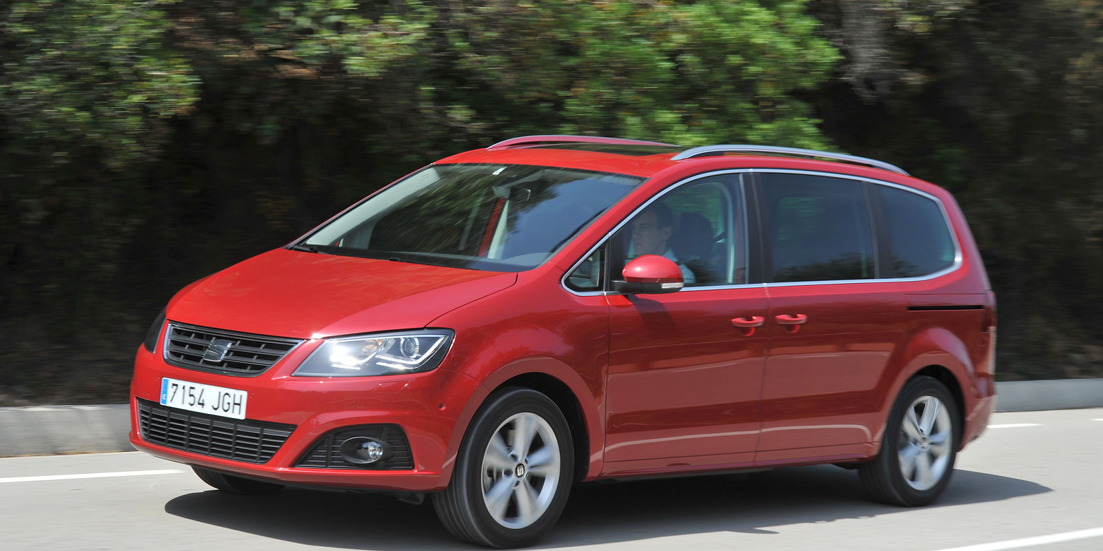 Seat Alhambra Review Amp Deals Carwow